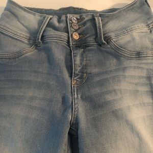 high waisted three button jeggings